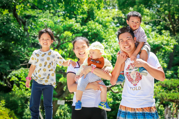 Family photo session with a client from Hong Kong
