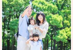 庄内緑地公園(名古屋市西区)で家族写真撮影