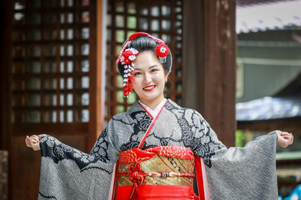 成人式のロケーション撮影 岐阜県下呂市の神社