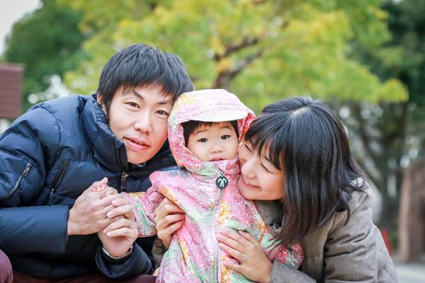 冬の鞍ヶ池公園でファミリーフォト 愛知県豊田市