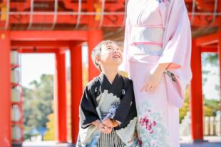 犬山成田山で七五三 男の子とママ